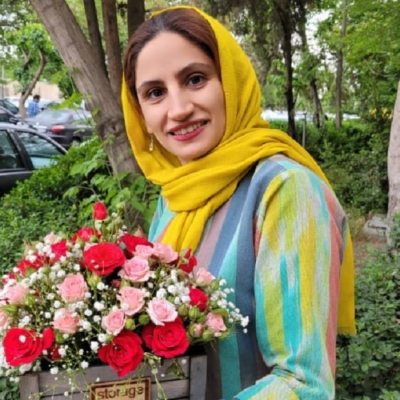 خاطره سادات علیشاهی